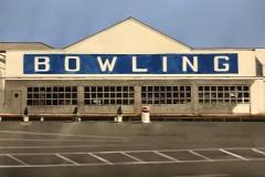 Bowling 14x22