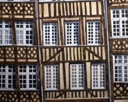 Elizabethan Building 22x30